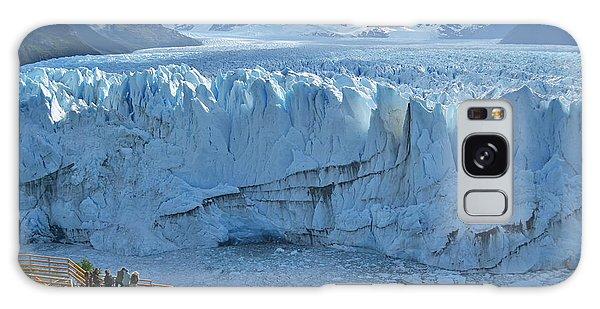 Scenery Galaxy Case - People Looking At The Perito Moreno by Olga Kot Photo