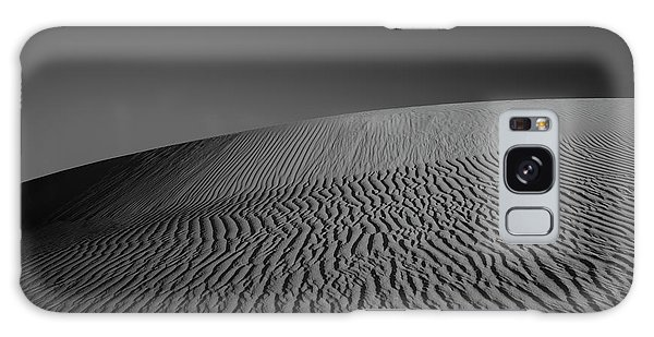 Dunes Galaxy Case - Perry Sandhills Black And White by Ivan Krpan