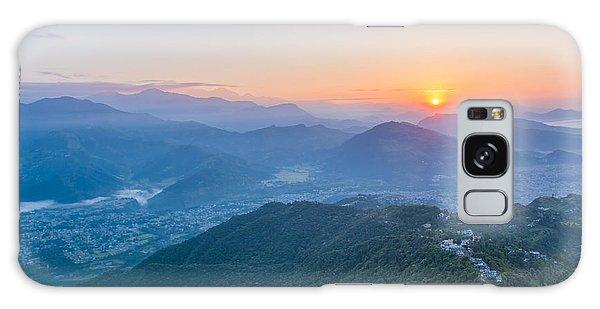 Scenery Galaxy Case - Pokhara Sunrise At Sarangkot Hill With by Gunnar Van Eenige