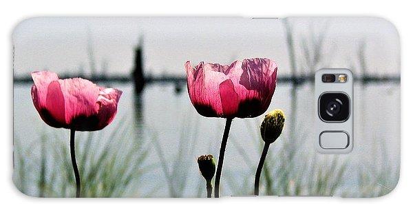 Poppies On Lake Mulwala 2 Galaxy Case