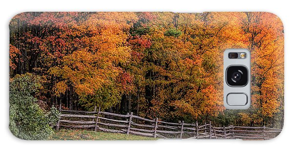 Roadside View Of Vermont Fall Colors Galaxy Case