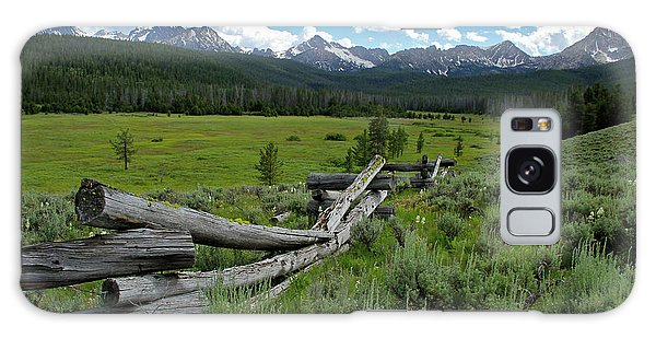 Sawtooth Range And 1975 Pole Fence Galaxy Case