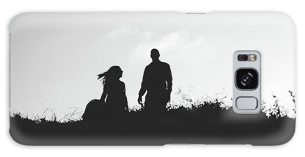 Silhouette Of Couple In Love With Wedding Couple On Top Of A Hill Galaxy Case