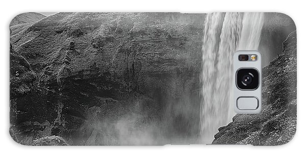 Skogafoss Iceland Black And White Galaxy Case