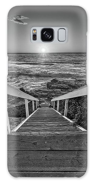 Steps To The Sun  Black And White Galaxy Case