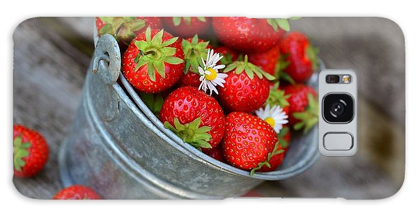 Strawberries And Daisies Galaxy Case