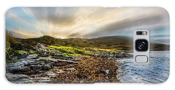 Fairy Pools Galaxy S8 Case - Sunrays At Dawn Along The Coast by Debra and Dave Vanderlaan