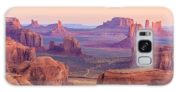 Southwest Usa Galaxy Case - Sunrise In Hunts Mesa, Monument Valley by Elena suvorova