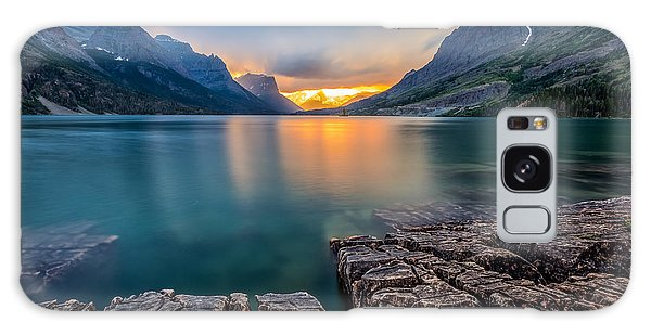 Success Galaxy Case - Sunset At St. Mary Lake, Glacier by Kan khampanya
