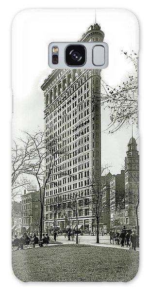 The Empire Galaxy Case - The Flatiron Building 1903 by Jon Neidert