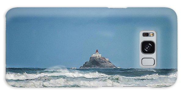 Tillamook Rock Lighthouse Near Cannon Beach Galaxy Case