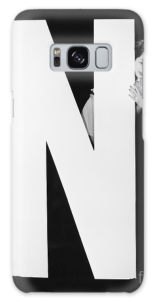 Two People Galaxy Case - Two Women Hiding Behind Huge Letter N by Everett Collection