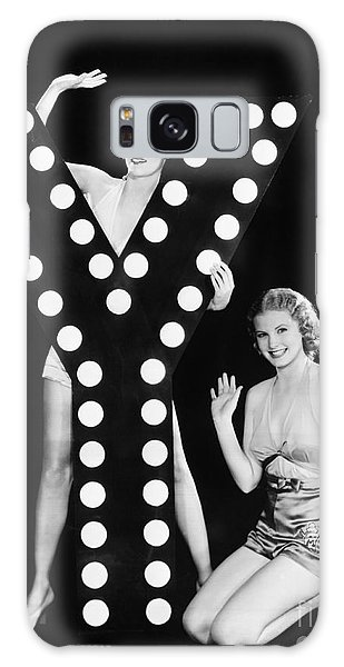 Two People Galaxy Case - Two Young Women Posing With The Letter Y by Everett Collection