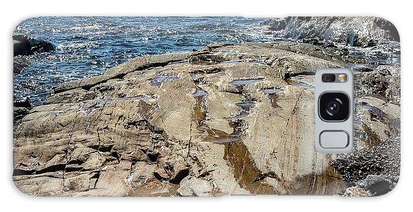 Wet Rocks Galaxy Case