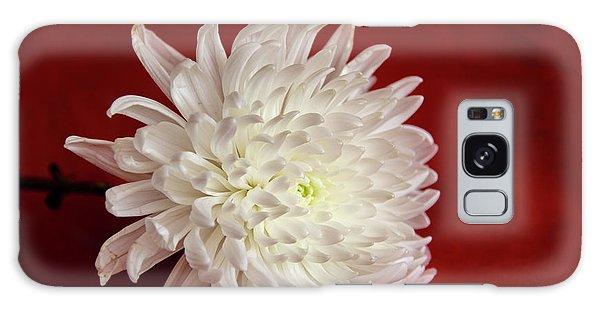 White Flower On Red-1 Galaxy Case