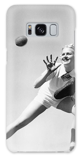 Angle Galaxy Case - Woman Catching A Baseball by Everett Collection