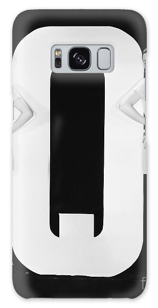 Two People Galaxy Case - Women Posing With Huge Letter Q by Everett Collection