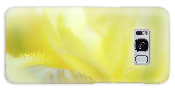 Yellow Iris 2 Galaxy Case