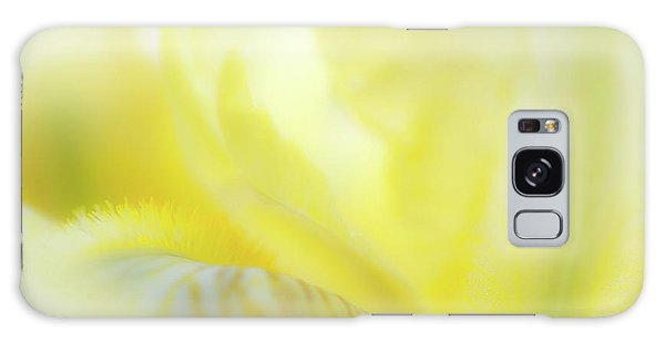 Yellow Iris 2 Galaxy Case