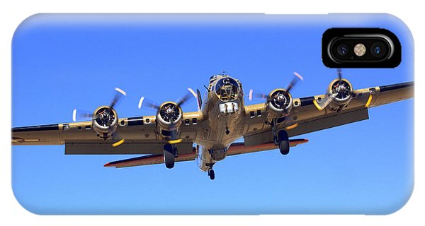 B17 Flying Fortress On Approach At Livermore Klvk IPhone Case