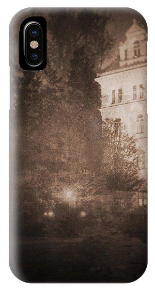 010 Phone Case by Laurentis Ure
