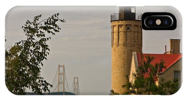 0558 Old Mackinac Point Lighthouse IPhone Case