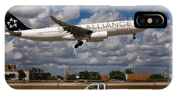 Avianca A-330 Airbus  IPhone Case