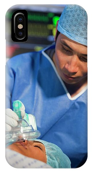 Staff iPhone Case - Administering Anaesthetic by Science Photo Library