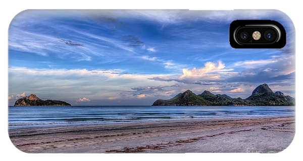 Sea iPhone Case - Ao Manao Bay by Adrian Evans