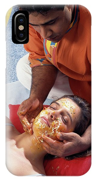 Well Being iPhone Case - Ayurveda Massage by Mauro Fermariello/science Photo Library