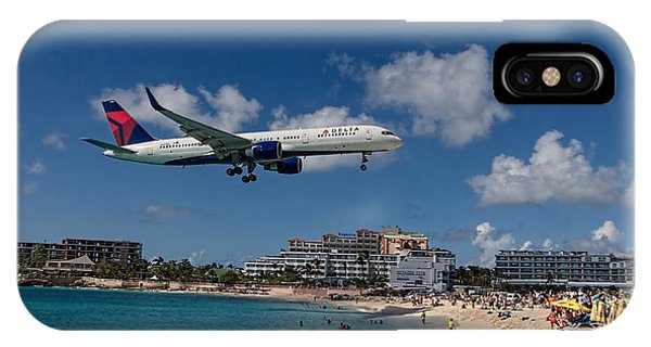 Delta Air Lines Landing At St Maarten IPhone Case