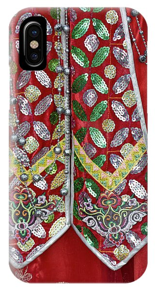 Details And Patterns Of Some Phone Case by Darrell Gulin