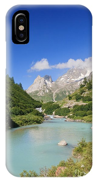 Dora Stream. Veny Valley IPhone Case