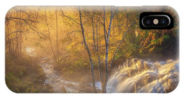 Flow iPhone Case - First Light by Rune Askeland