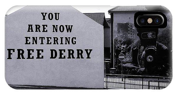 Free Derry Corner 7 IPhone Case
