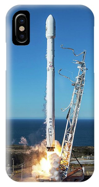 Liftoff iPhone Case - Iridium-1 Satellite Launch by Spacex/science Photo Library