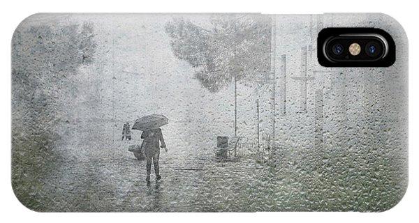 Umbrella iPhone Case - It's Raining by Anette Ohlendorf