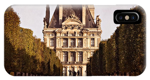 IPhone Case featuring the photograph Jardin Des Tuileries / Paris by Barry O Carroll