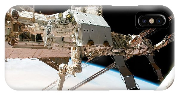 International Space Station iPhone Case - Mobile Servicing System On The Iss by Nasa/science Photo Library