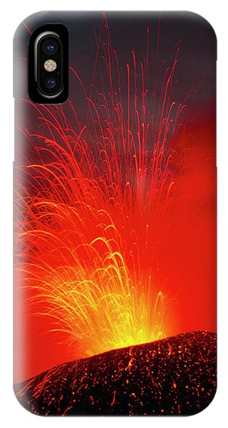 Etna iPhone Case - Mount Etna Volcano Erupting by Jeremy Bishop/science Photo Library