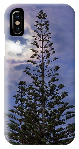 New Zealand, North Island Phone Case by Walter Bibikow