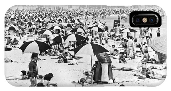 Orchard Beach iPhone Case - Orchard Beach In The Bronx by Underwood Archives