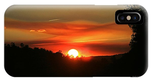 Smokin' Payson Sunset IPhone Case