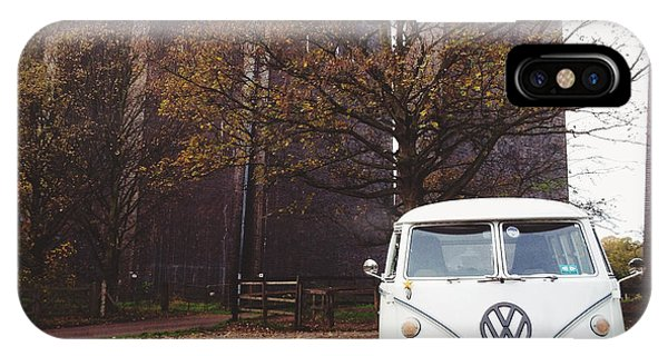 Vw Bus iPhone Case - Splitty By The Viaducts by Gemma Knight