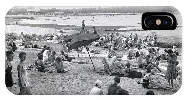 Stamford iPhone Case - Stamford Shorewood Beach Club by Underwood & Underwood