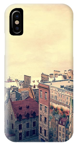 Quebec City iPhone Case - Streets Of Old Quebec City by Edward Fielding