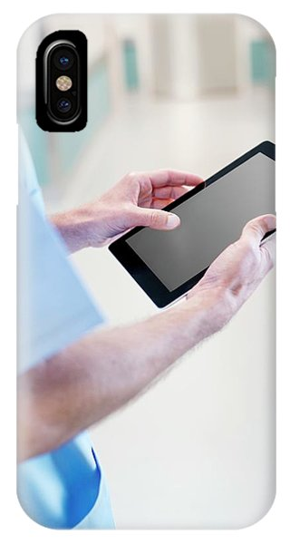 Surgeon Using Tablet Phone Case by Science Photo Library