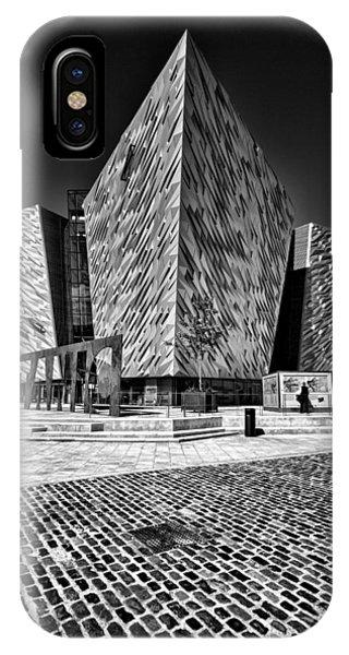Titanic Signature Building IPhone Case