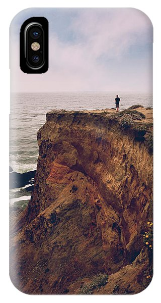 View Point iPhone Case - The Edge Of The Earth by Laurie Search