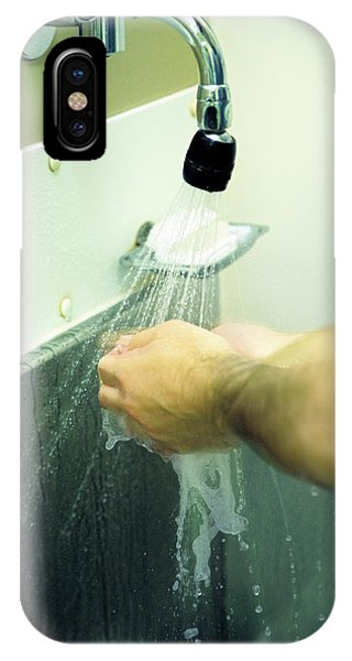 Washing Hands Phone Case by Antonia Reeve/science Photo Library